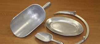 Scoops and Plate used in Food Industry